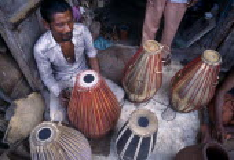 Tabla maker.Asia Asian Bharat Inde Indian Intiya