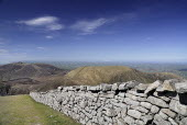 Ireland, County Down, Mourne Mountains, Mourne wall from Slieve Donard to Commedagh.