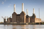 England, London, Battersea Power Station beside the River Thames.