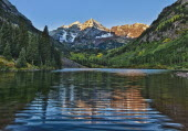 USA, Colorado, Maroon Bells Wilderness area, near Aspen.