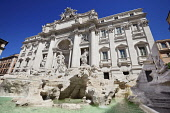 Italy, Lazio, Rome, Piazza di Trevi, Baroque Trevi Fountain or Fontana di Trevi begun by Nicola Salvi in 1732 and completed by various artists in 1762.