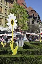 Romania, Timis, Timisoara, Spring market and gardens, Piata Victoriei, old town.